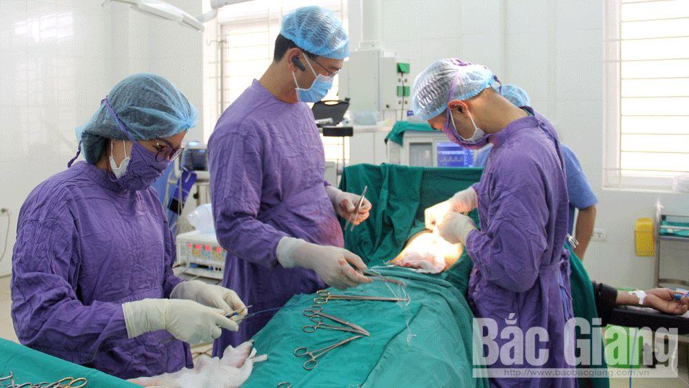Bệnh viện Ung bướu Bắc Giang phẫu thật cắt 2/3 dạ dày ở bệnh nhân ung thư